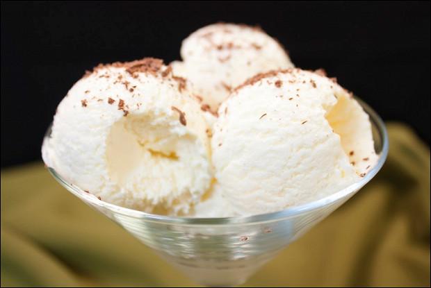 Быстрое ванильное мороженое