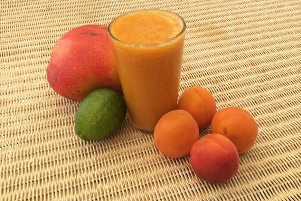 Абрикосово-манговый смузи