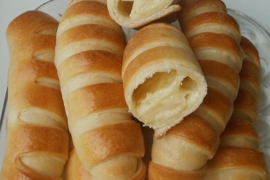 Булочки с сыром и сахаром