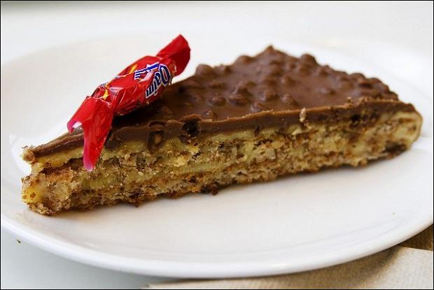Шведский шоколадный десерт (Daim)