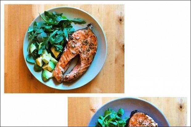 Жареный лосось с прованскими травами и белым вином