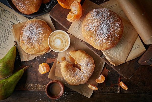 Ванильные пончики с заварным кремом