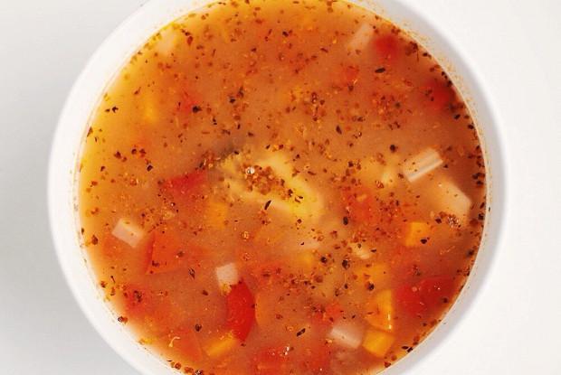 Суп минестроне с овощами, фасолью и макаронами-бантиками