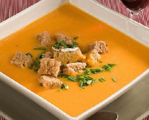 Тыквенный суп с карри и сухариками