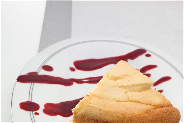 Творожный пирог со сливочным сыром