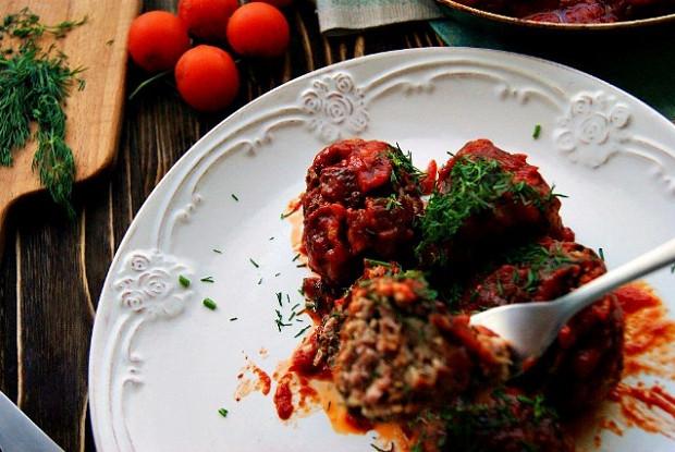 Тефтели в густом томатном соусе