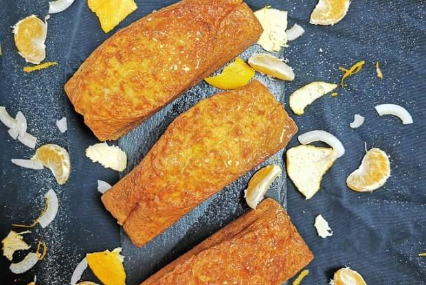 Морковный кекс с мандаринами и мятой
