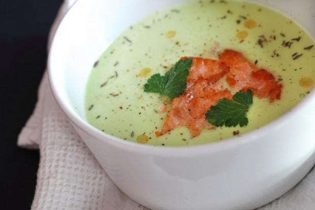 Суп из авокадо с крабовым мясом