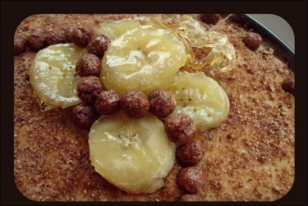 Торт с бананами и лимонно-ванильным заварным кремом