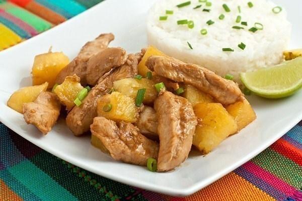 Курица с ананасом и лаймом