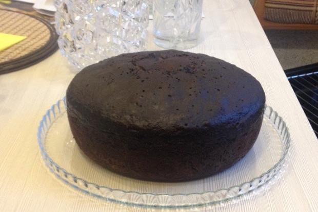 Пышный шоколадный бисквит в мультиварке