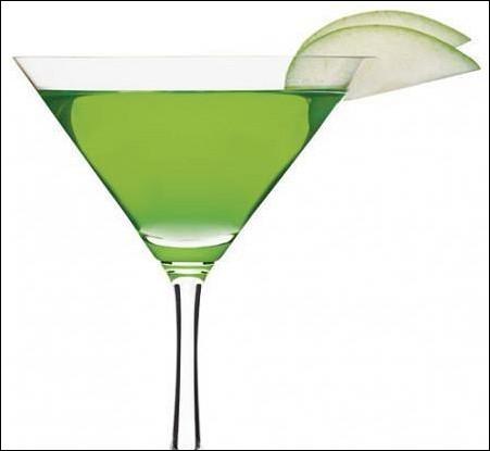 Имбирный мартини с зеленым яблоком