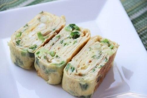 Яичные роллы (японский омлет тамаго-яки)