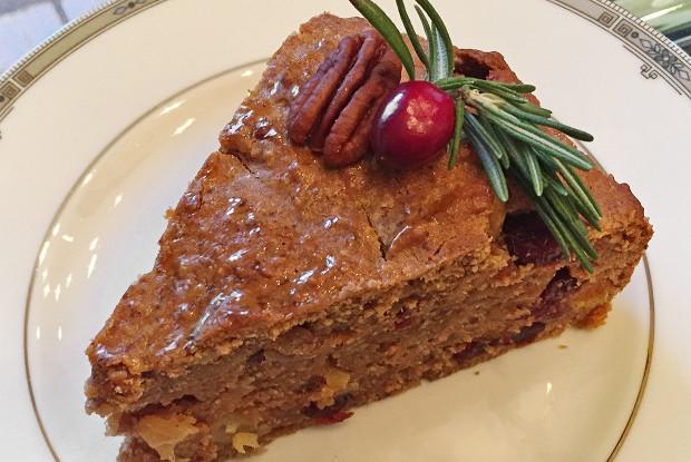 Традиционный рождественский кекс с пеканом