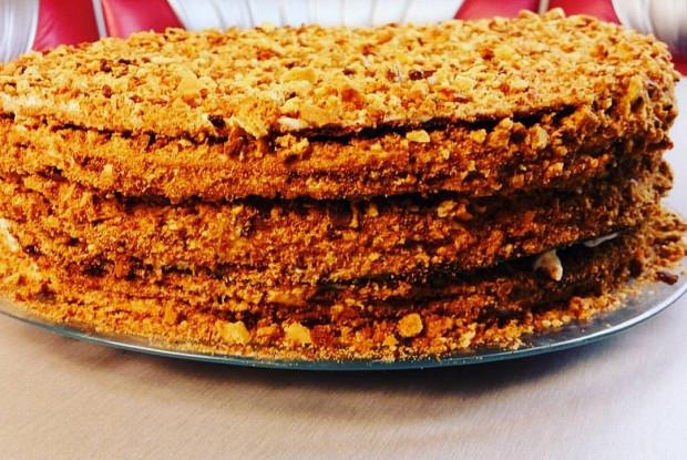 Медовый торт (Медовик)