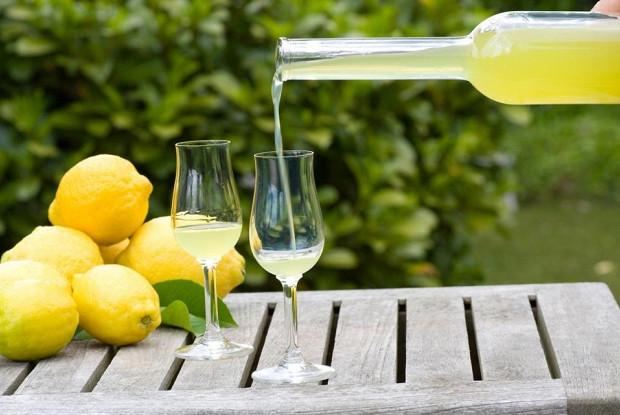 Лимончелло (лимонный ликёр)