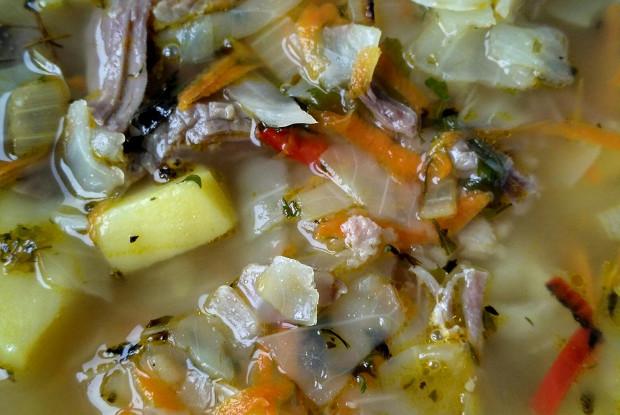 Простые щи из свежей капусты