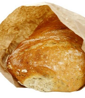 Постный хлеб из спельтовой муки с луком