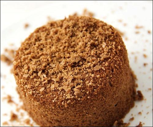 Шоколадный торт с миндальным печеньем амаретти