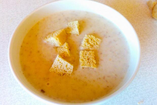 Грибной суп-пюре на курином бульоне