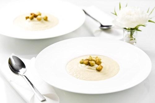 Суп из цветной капусты с сухариками