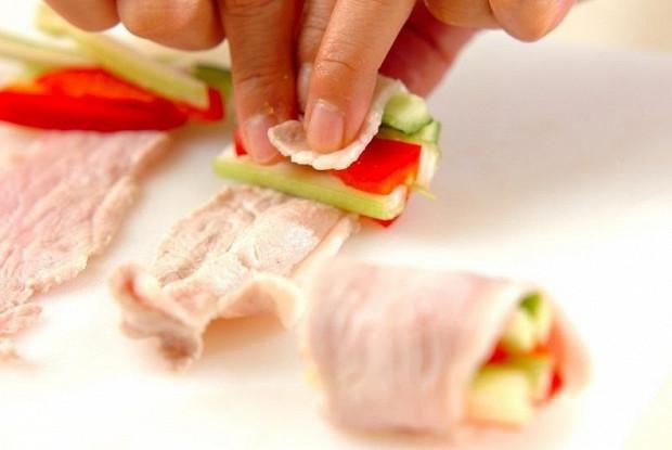 Свиные рулетики с овощами
