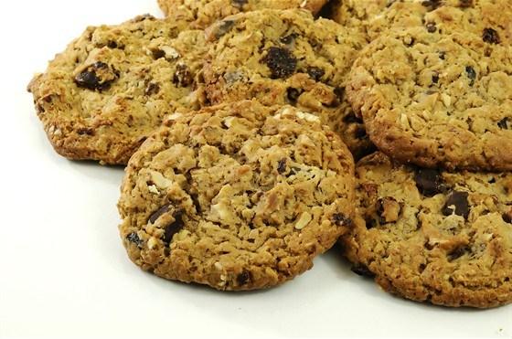 Ореховое печенье с вяленой клюквой