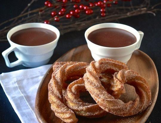 Острый горячий шоколад с чуррос