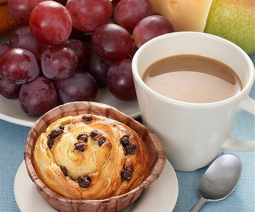 Виноградные кексы с десертным вином Vin Santo