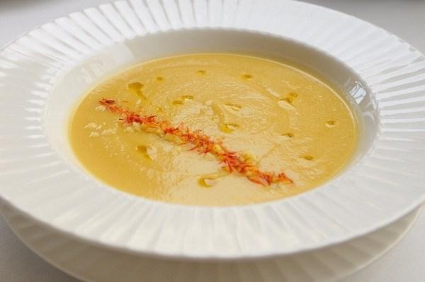 Кукурузный крем-суп с шафраном