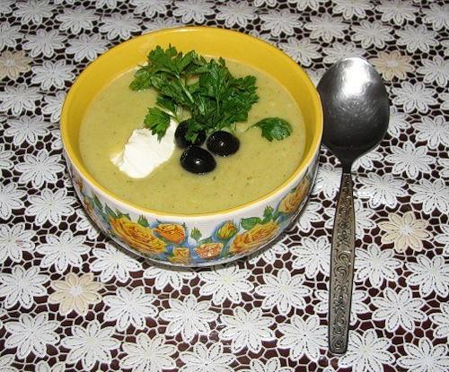 Овощной суп-пюре с оливками