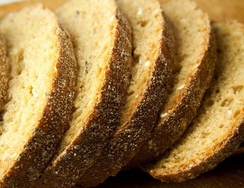 Хлеб с пряными травами