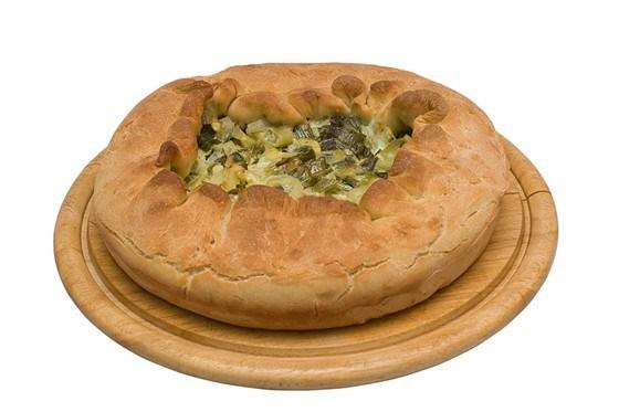 Пышный луковый пирог