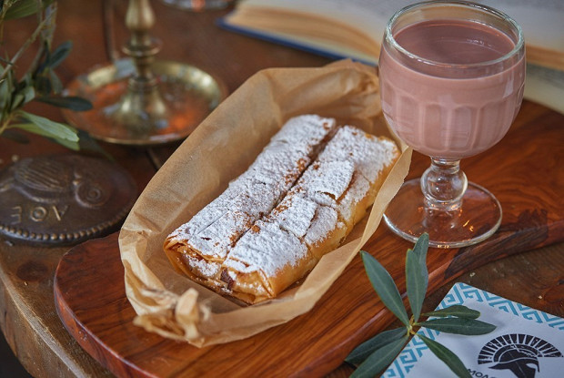 Пирог с кремом из манки и холодным какао