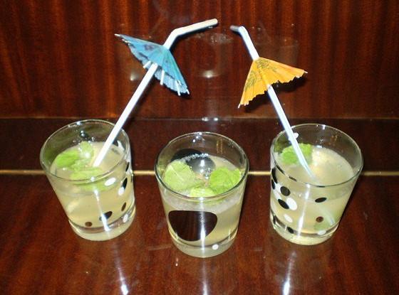 Лимонад с мятой и содовой