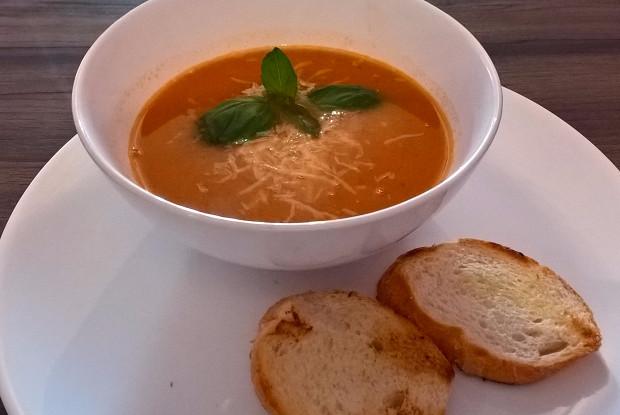 Чечевично-томатный суп-пюре