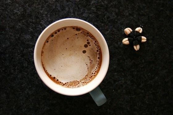 Кофе с воздушной молочной пенкой