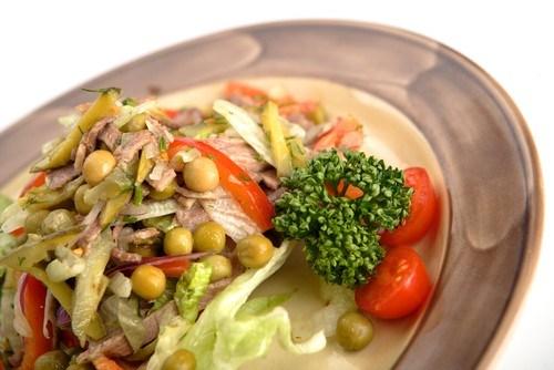 Салат из говяжьего языка