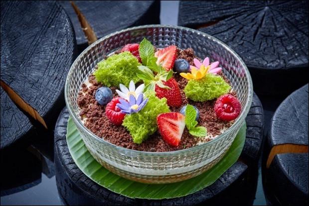 Тирамису со свежими ягодами