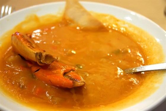 Краб в перечном соусе по-сингапурски