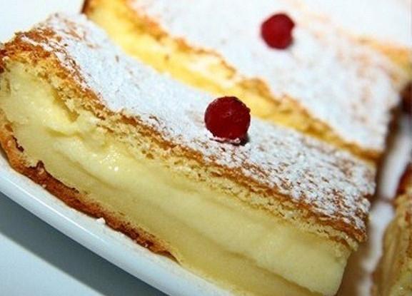Нежный слоеный пирог
