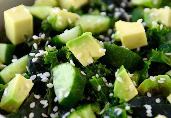 Зеленый салат из суперфудов