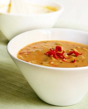 Рисовый суп с имбирем и орехами