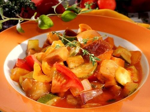 Салат из баклажанов и цукини «Заалук»