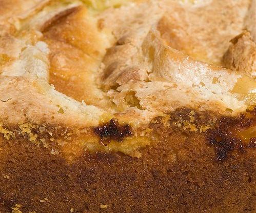 Пирог с корицей и тростниковым сахаром
