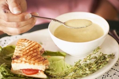 Быстрый крем-суп из цукини и плавленного сыра (Soupe a la Courgette)
