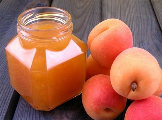 Варенье из абрикосов с сиропом