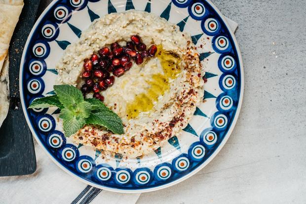 Ближневосточная закуска «мутабаль»