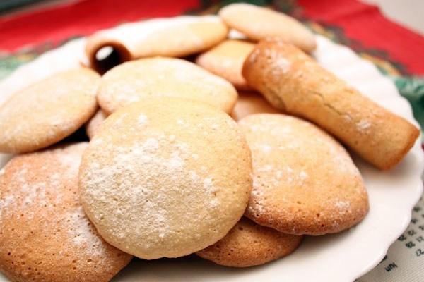 Воздушное миндальное печенье
