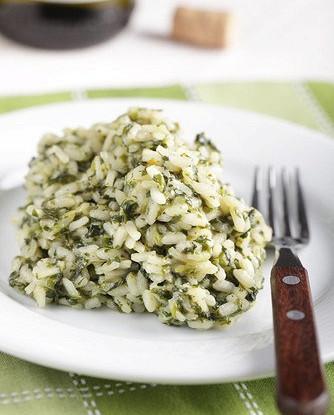 Ароматный рис с перцами поблано и зеленью